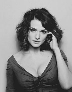 Rachel Weisz's shorter hair length might work for me?