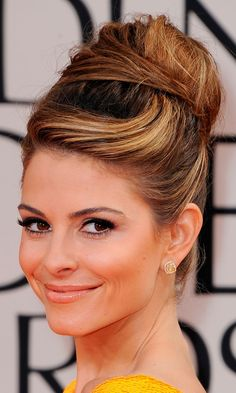 Maria Menounos - Immaculate Sweeping Bun