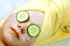 How to Make a Face Mask with Tomato, Lemon Juice  Oats