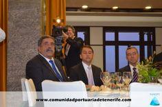 De izquierda a Derecha: Don Pedro Rodríguez Zaragoza, Presidente de la Autoridad Portuaria de Santa Cruz de Tenerife; Don José Manuel Bermúdez Esparza, Alcalde de Santa Cruz de Tenerife; Don Paulino Rivero Baute, Presidente del Gobierno de Canarias.