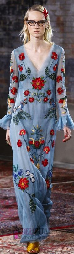 #DELORTAEAGENCY Fabulous Gown of The Day | GUCCI Resort 2016 http://delortae.agency/is2n #couture #GUCCI #luxury