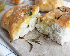 Focaccia - BBC Food, Paul Hollywood from the Great British Bake Off The Great British Bake Off, British Bake Off Recipes, Rosemary Focaccia, British Baking, Bread Baking, Good Food, Food And Drink, Cooking Recipes, Bbc Recipes