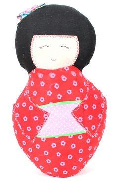 Poupée japonaise rouge TGM 28x16 cm - Home decor - SUPPLIES-GIFTS - Renaud-Bray