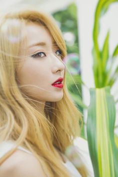 The blonde hair 😘 korean girl groups, south korean gir Kpop Girl Groups, Korean Girl Groups, Kpop Girls, Asian Woman, Asian Girl, Nine Muses Kyungri, Foto Jimin, Hottest Female Celebrities, She Was Beautiful