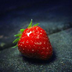 Strawberry Red Close-Up #iPad #Air #Wallpaper