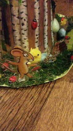 The Gruffalo easter bonnet Easter Bonnets For Boys, Easter Bunny, Easter Eggs, Diy For Kids, Crafts For Kids, Arts And Crafts, Easter Hat Parade, Easter Activities, Easter Holidays