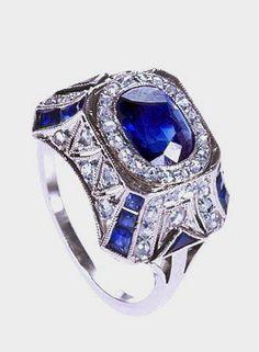 Platinum, sapphire and diamond ring c. 1920's