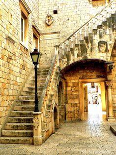 Ancient Stairs, Trogir, Croatia photo via katarina Monuments, Trogir Croatia, Medieval, Thousand Islands, Croatia Travel, Central Europe, Fantasy Landscape, Stairways, Beautiful Places