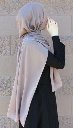 "Hijab ""Dubai"" Chiffon Hijab Check out our collection www.lissomecollec… Hijab Source : ""Dubai"" Chiffon Hijab Check out our collection www.lissomecollec… by amas_tan Niqab Fashion, Foto Fashion, Muslim Fashion, Chiffon Hijab, Hijab Dress, Chiffon Shawl, Hijab Quotes, Muslim Quotes, Hijabi Girl"