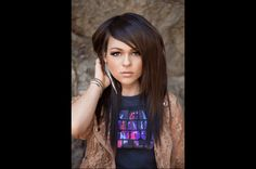 Track Review: Cady Groves, 'Love Actually'