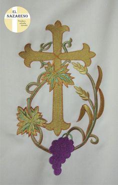 Dalmática crema bordada (cruz, uvas y espigas) «El Nazareno El ...