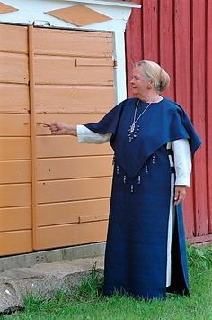 Lautamäen emännän ja isännän asut Scandinavian, Dresses With Sleeves, Long Sleeve, Clothing, Fashion, Outfits, Moda, Sleeve Dresses, Long Dress Patterns