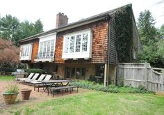 Dream Home: A 240-year-old former carriage house is the dream home of a Lutherville woman.