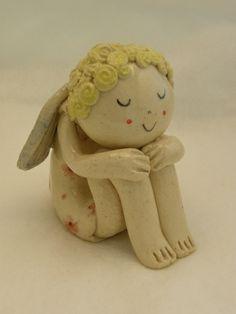 Handgemachtes keramisches Träumender Engel Figur