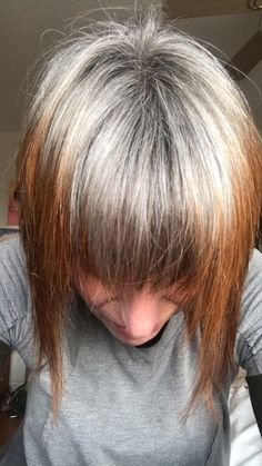 Henna grow out in grey hair Gray Hair Growing Out, Grow Hair, Henna Hair Dyes, Dyed Hair, Grey Hair Uk, Grow Out, Silver Hair, Pretty Hairstyles, Hair Makeup