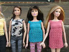 This is a pattern for a top that can be lengthened to a nightgown for Barbie or other similar size fashion dolls.