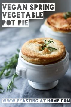 A #vegan pot pie #recipe, 'cause who doesn't love pie for dinner.