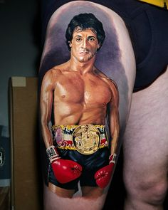 Tatuagem do Rocky Balboa por Steve Butcher Rocky Balboa, Steve Butcher Tattoo, Sylvester Stallone, Great Tattoos, Kicks, Wonder Woman, Superhero, People, Instagram