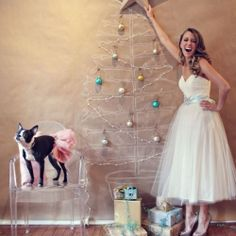What's Christmas without a little sparkle? The most delicious holiday shoot a girl could ever want. #weddinggawker