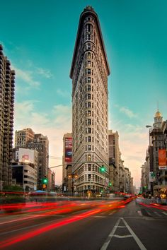 Flatiron Building, New York City, New York - Amazing building! I love #NYC!
