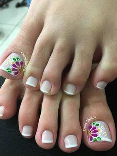 Gel pedicure toes natural ideas for 2019 Pretty Toe Nails, Cute Toe Nails, Fancy Nails, Love Nails, Toe Nail Color, Toe Nail Art, Toe Nail Designs, French Pedicure Designs, Feet Nails