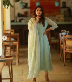 Net Kurti, Anarkali Kurti, Anarkali Dress, Salwar Kameez, Lehenga, Kurti Neck Designs, Salwar Designs, Kurti Designs Party Wear, Blouse Designs