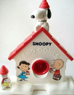 Snoopy Snowcone Maker - I have seen this listed as a  vintage 1980s toy but wonder if it was made before that...maybe I'm just remembering incorrectly. #snoopy #1980s