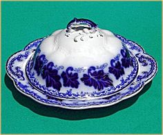 ♥ ~ ♥ Blue and White ♥ ~ ♥ Flow Blue: Normandy Butter Dish with Lid Flow Blue China, Blue And White China, Love Blue, Blue Dishes, White Dishes, Vintage Dishes, Vintage Glassware, Butter Dish, Tablewares