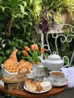 Breakfast Time, Table Decorations, Tea, Coffee, Home Decor, Kaffee, Decoration Home, Room Decor, Cup Of Coffee