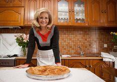 ΓΕΥΣΕΙΣ: Η Θεσσαλική γη, τυλιγμένη σε φύλλο - ΘΕΣΣΑΛΙΚΕΣ ΕΠΙΛΟΓΕΣ Pie, Bread, Yummy Yummy, Cooking, Buns, Recipes, Food, Torte, Kitchen