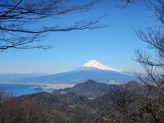 View of Mt Fuji #izupeninsula #izugeotrail #walkjapan #japan #walkingtours #authentictravel #mtfuji
