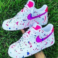 Jordan Shoes Girls, Girls Shoes, Shoes Women, Cute Sneakers, Shoes Sneakers, Adidas Shoes, Women's Shoes, Baby Shoes, Pink Shoes