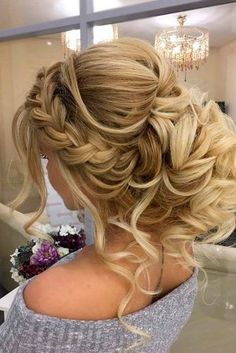 Bridal Hairstyles Inspiration : A Little Bit Messy Prom Hair Updos 1 - Beauty Haircut Dance Hairstyles, Homecoming Hairstyles, Wedding Hairstyles For Long Hair, Wedding Hair And Makeup, Bride Hairstyles, Pretty Hairstyles, Medium Hairstyles, Evening Hairstyles, Hairstyles 2016