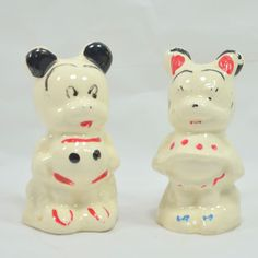 Vintage set of Mickey & Minnie Salt & Pepper Shakers - Japan?