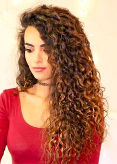 Realize your sexy and impressive look with long hairstyles and look confident among hundreds of guests. Long hairstyles are modified and new look is more impressive and modern. So enjoy the innovative hairstyles from our professionals. Face Shape Hairstyles, Chic Hairstyles, Easy Hairstyles For Long Hair, Long Curly Hair, Summer Hairstyles, Straight Hairstyles, Hairstyle Ideas, Really Curly Hair, Pretty Hair
