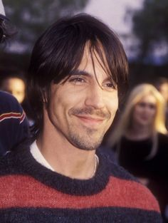 Anthony Kiedis Hairstyles 171 me gusta, 5 comentarios ffyonti - Hair Styles Anthony Kiedis, Foo Fighters Nirvana, John Frusciante, Hottest Chili Pepper, Most Beautiful People, Punk, Attractive Men, My Favorite Music, Alter