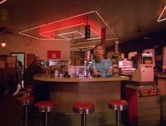 """Norma, I'll see you in my dreams…"""" Twede's Cafe in North Bend, WA will be completely restored to its original look as the RR Diner and serve as a set for 18 (!) new Twin Peaks episodes. Afterwards, it will stay open to the public!"""