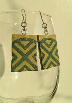 Green Handmade Hanji Paper Dangle Earrings Geometrical Design Hypoallergenic hooks Lightweight Ear rings