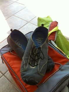 Minimalist, eco-friendly kigo drive shoes enjoy a day at the beach!