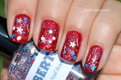 These nails are super cute nails to wear on the 4th of July