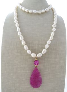 Freshwater white pearl necklace, hot pink jade necklace, beaded necklace, long pendant necklace, carved jade jewelry, summer jewelry by Sofiasbijoux on Etsy