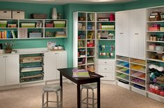 craft room design from closetmaid, verryyy nice!