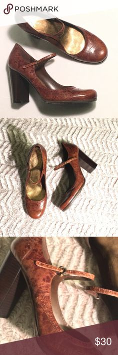 🆕 Nine West Platform Pump/Heels These shoes are beautiful! With adjustable buckle, the little thing that holds the strap down is broken on right shoe. Other then that shoes are in great condition! Size 10M Nine West Shoes Heels