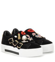 Alexander McQueen - Verzierte Plateau-Sneakers aus Samt - Mit diesen  Plateau-Sneakers von e273f6a912