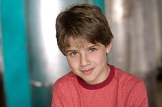 Jake Goodman as Johnny Henson