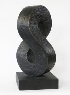 The Erling Neby Collection offers a personal presentation of Concrete and Geometric Art, as seen through the eyes of a Nordic collector. Stone Sculpture, Sculpture Art, Garden Sculpture, Nordic Art, Digital Painting Tutorials, Anatomy Tutorial, Geometric Art, Retail Design, Designs To Draw