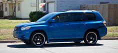 Blue Toyota Highlander with custom black rims   by Mazda6 (Tor)