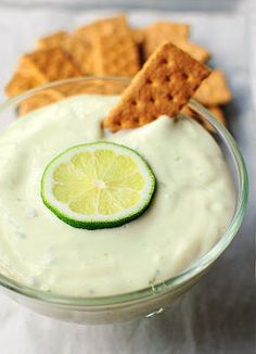 Key lime pie dip. I need to try and make this sometime. Hmmmm....