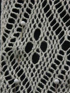 Magasin for Bunad og Folkedrakt Scandinavian Folk Art, Animal Print Rug, Weaving, Rugs, Spring, Costume, Decor, Image, Braid