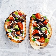 Toasted bread with Perlina eggplant, robiola cheese and tomatoes. Recipe and directions only on Instagram. Follow me! - ☆ Bruschetta con pomodori, melanzane perlina e robiola. Ricetta solo sul mio profilo Instagram ☆ Seguimi ♡